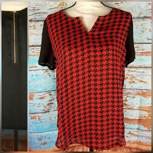 chances R red and black houndstooth top NWT SZ M